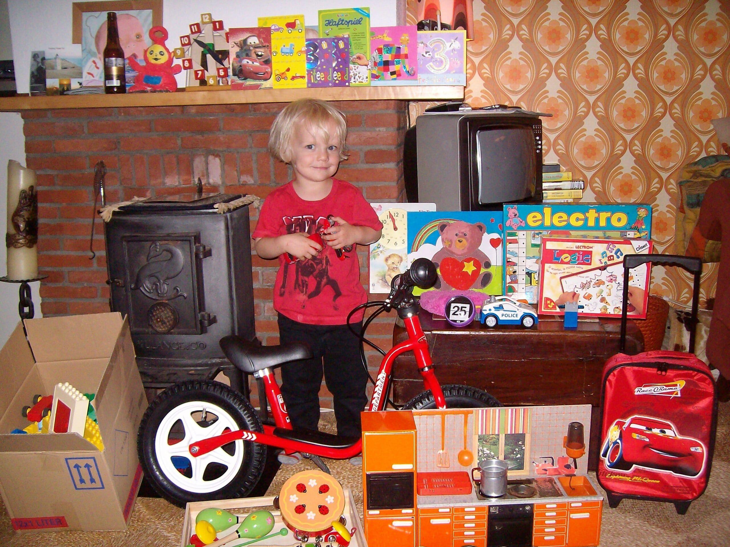 Hoe je voorkomt dat je huis met elk kinderfeest meer dichtslibt